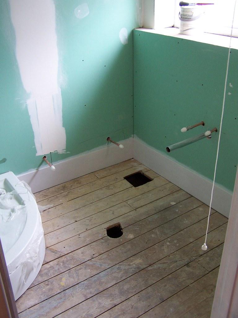 Bath Room Tiling Soap Shampoo Space In Bath Tub Wall