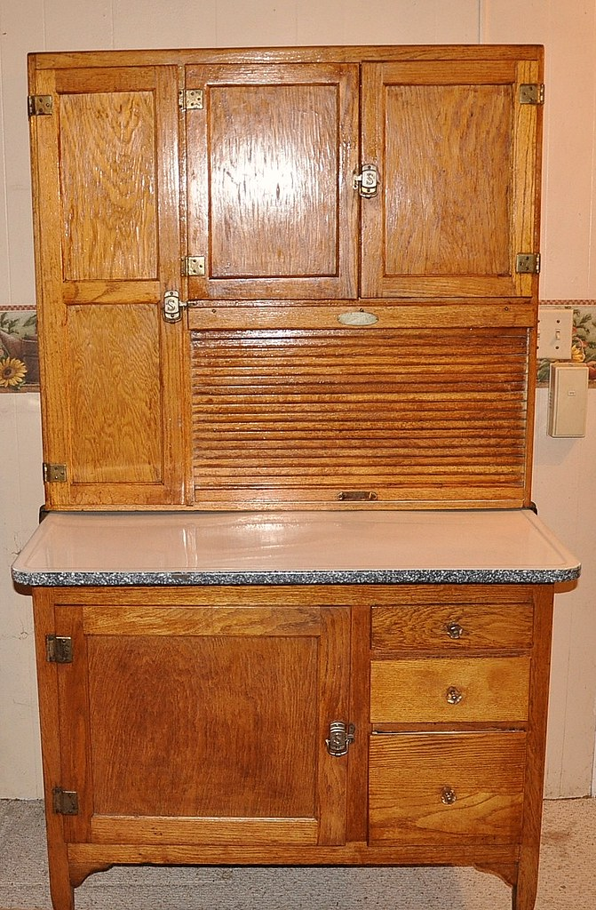 Hoosier cabinet restoration for Restoring old kitchen cabinets