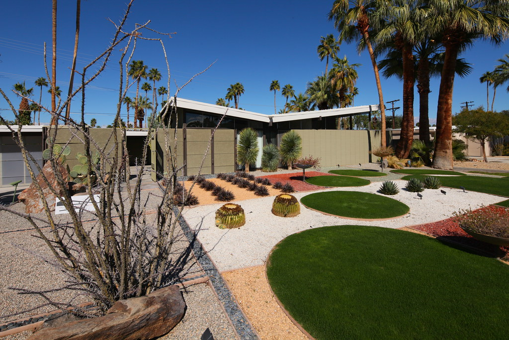 Menrad residence alexander twin palms tract architect for Tract landscape architects