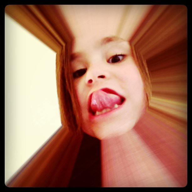 7yo Daughter meets Photo Booth & Instagram | Phae | Flickr: www.flickr.com/photos/phae/5580807287