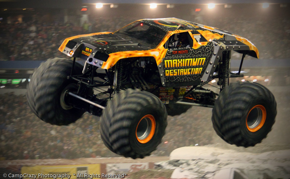 grave digger wallpaper monster truck