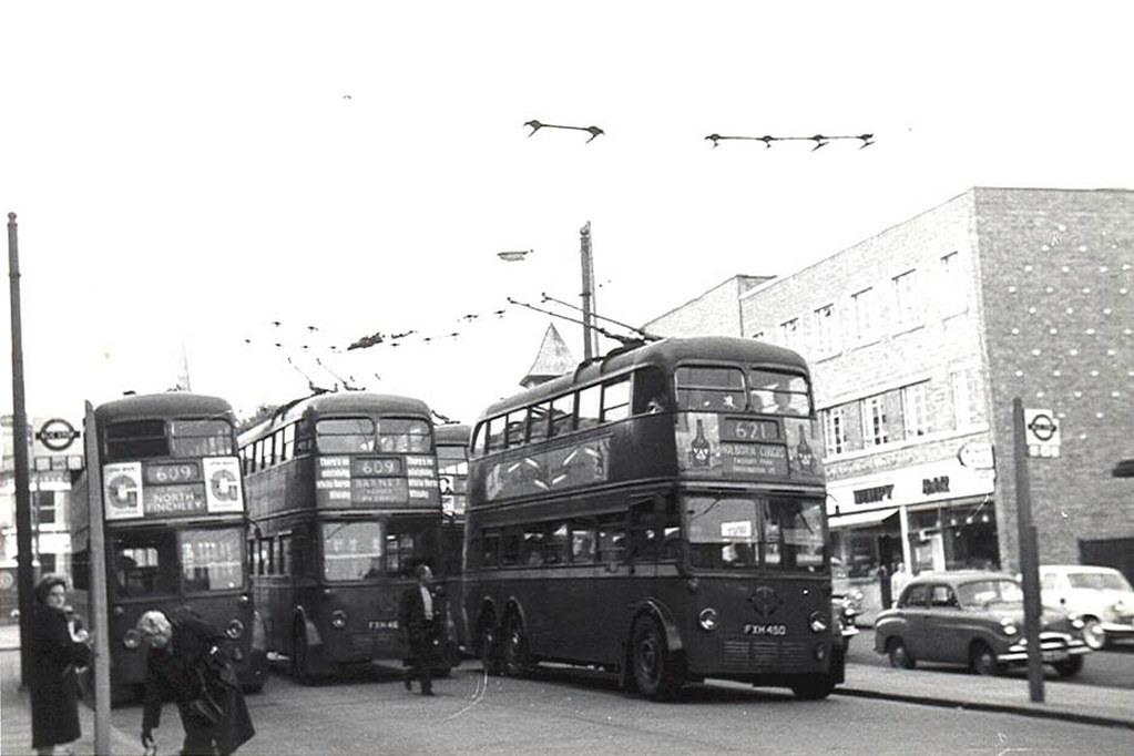 002 North Finchley Trolleybus Terminus In The Late 50 S