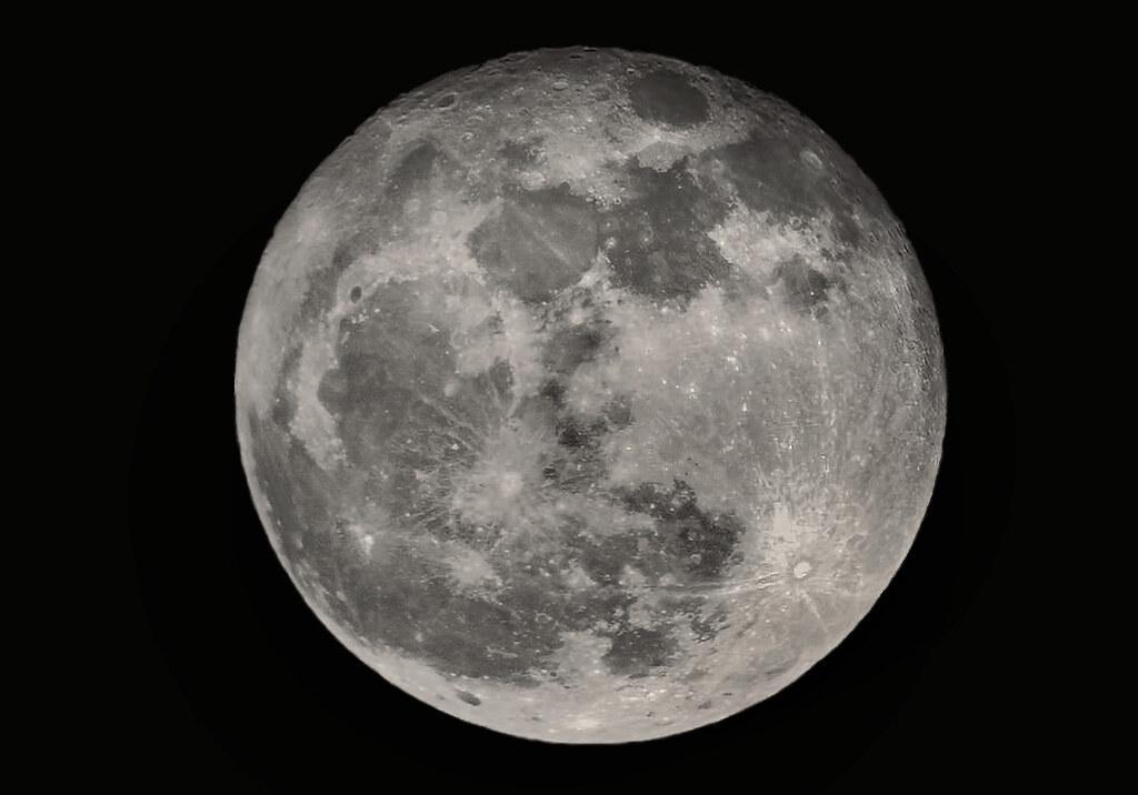 The Moon La Luna Der Mond Ii Full Moon Today