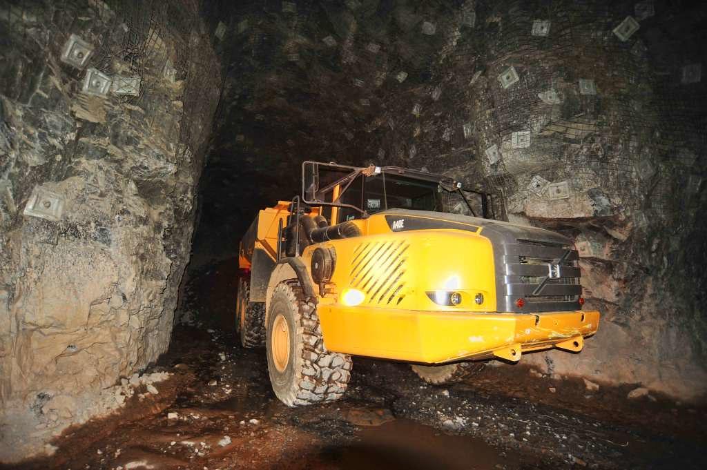 Avion gold tabakoto mining
