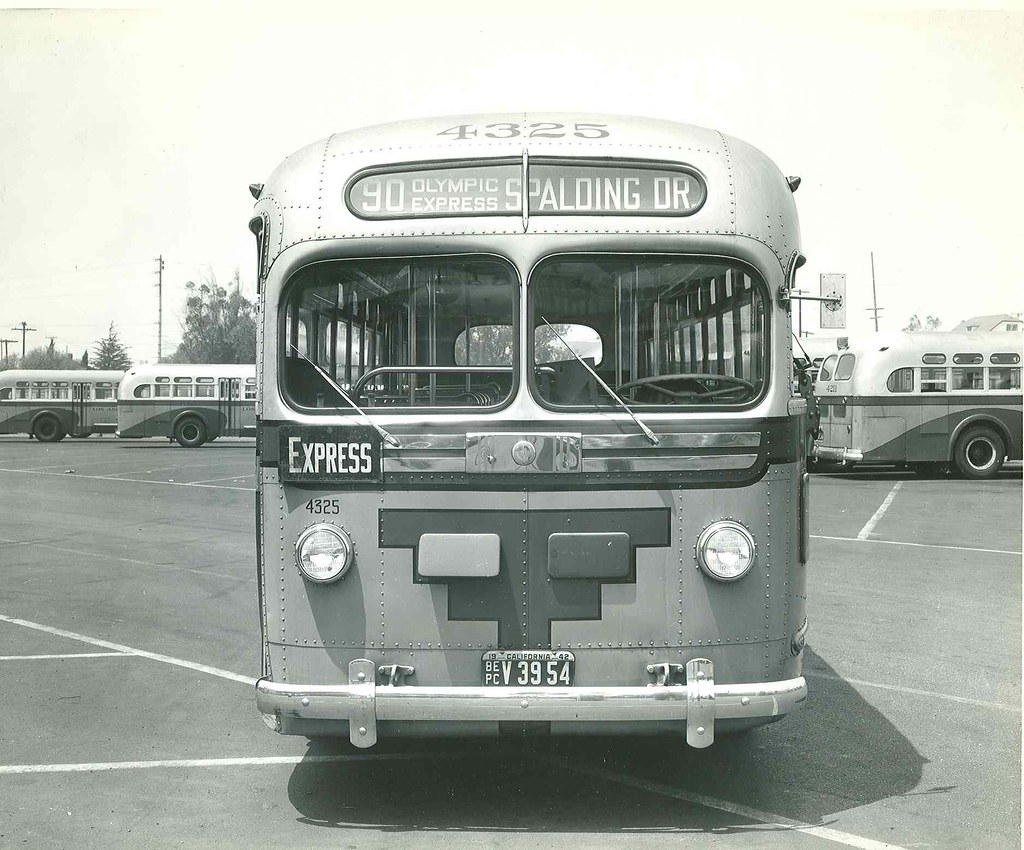 Los Angeles Motor Coach Bus 4325 Metro Library And