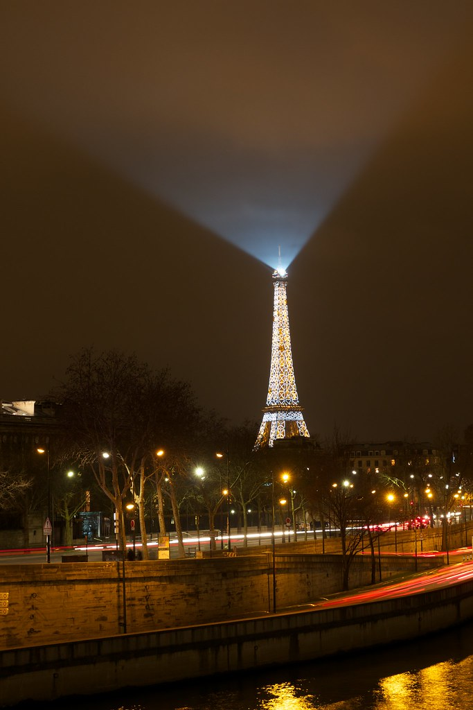 Quai De Seine Amp Tour Eiffel Depuis Le Pont De La