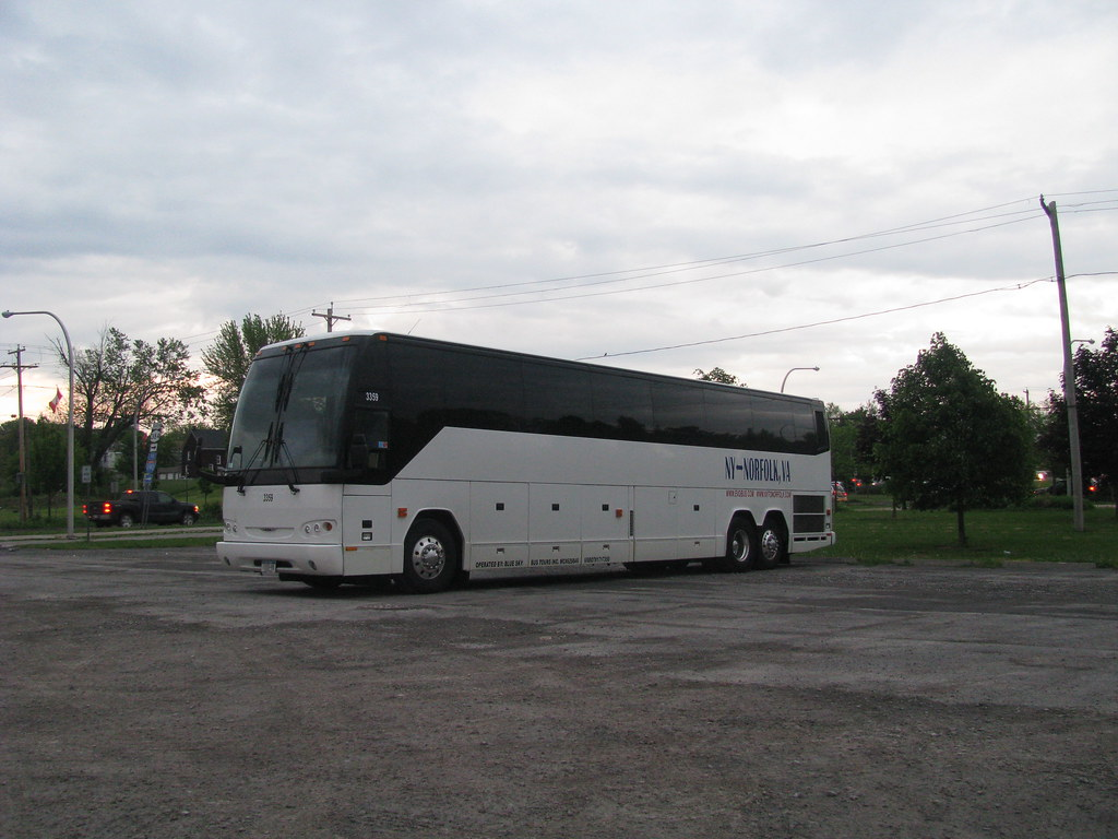 blue sky bus tours in niagara falls new york it was park flickr. Black Bedroom Furniture Sets. Home Design Ideas