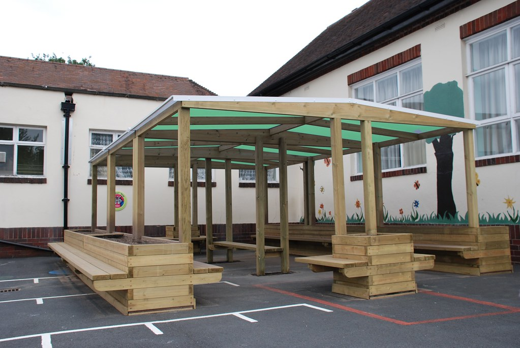 outdoor classroom furniture images