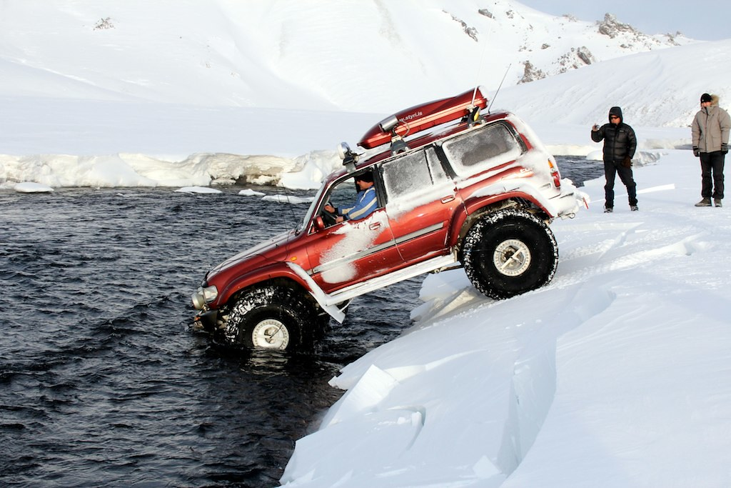 Toyota Land Cruiser Iceland Crossing A River Located