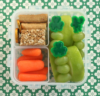 St. Patrick's Day bento lunch in a Lock & Lock | by anotherlunch.com