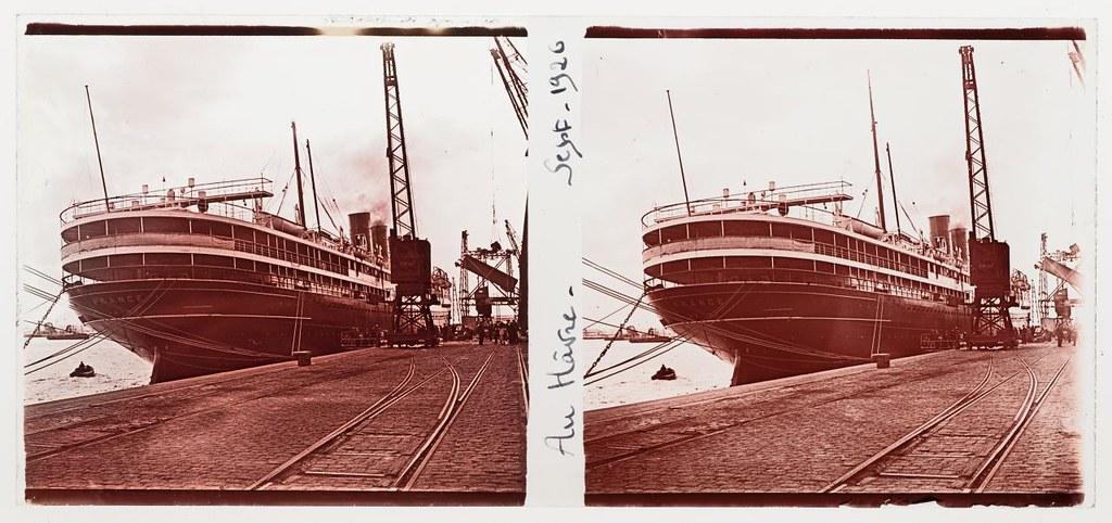 Transatlantic ship france at le havre sept 1926 1 flickr for 3d architecture le havre