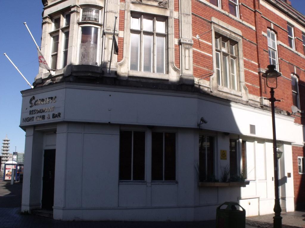Bar Restaurant Lea De Lacassagne