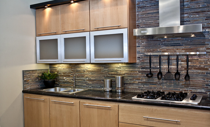 Slate Mosaic Kitchen Backsplash | All tile products are from… | Flickr