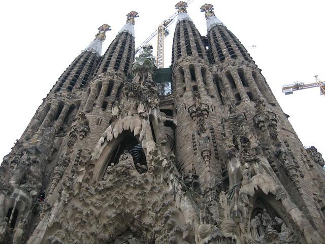 La sagrada familia gaudi cathedral barcelona flickr for Kathedrale barcelona gaudi