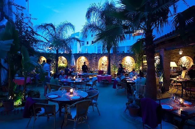 Hotel la casa el jardin del califa vejer de la frontera for El jardin del califa precios