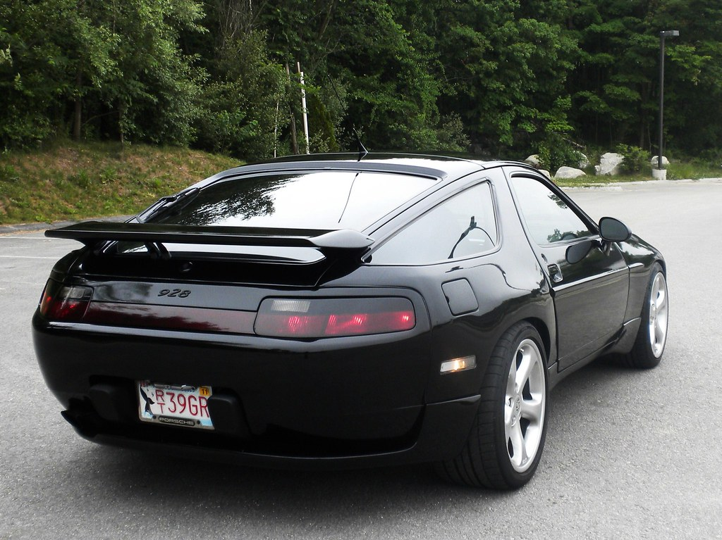 nicely tuned porsche 928 gts an ass only a kardashian coul flickr. Black Bedroom Furniture Sets. Home Design Ideas