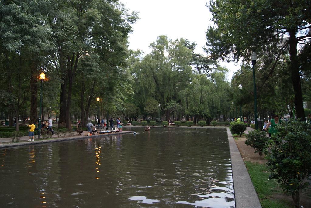 Parque Lincoln Parque De Los Espejos En Polanco