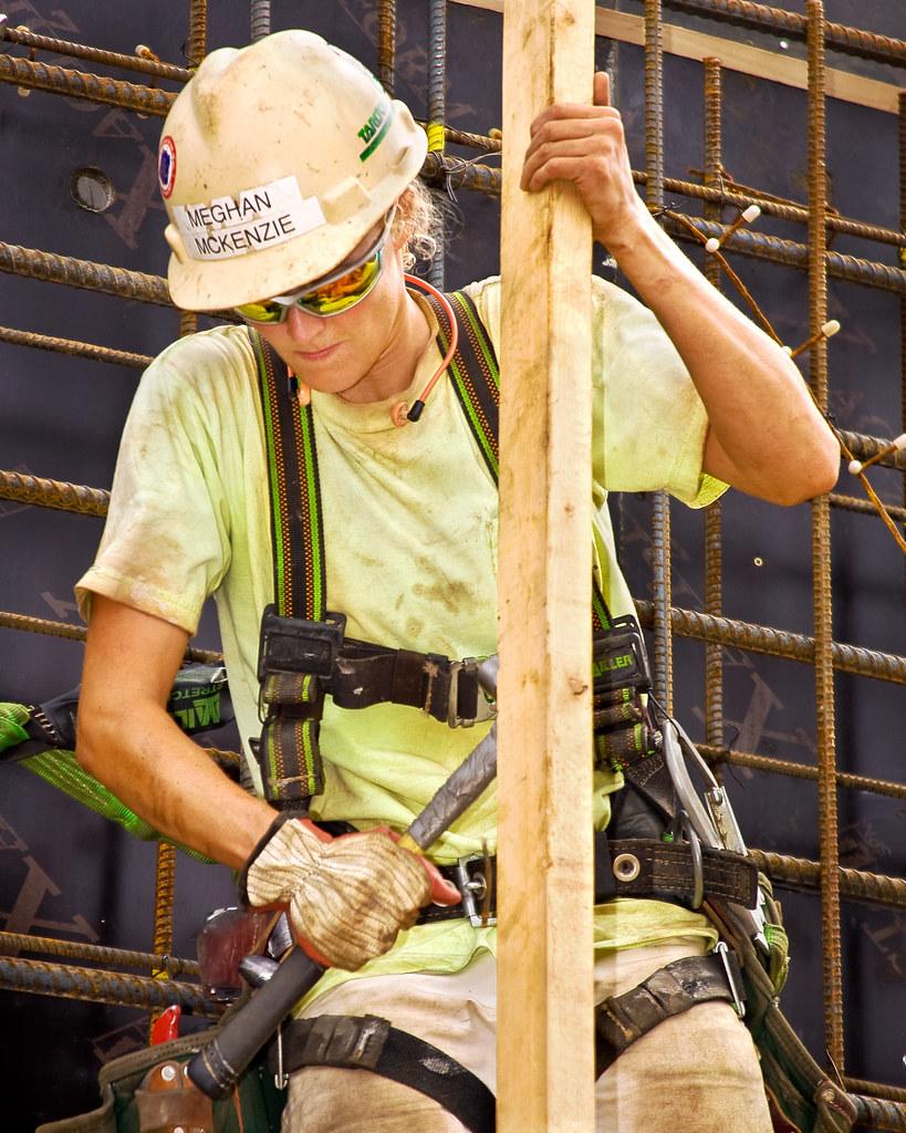Female Carpenter Img 1608r 9pt5x12r2