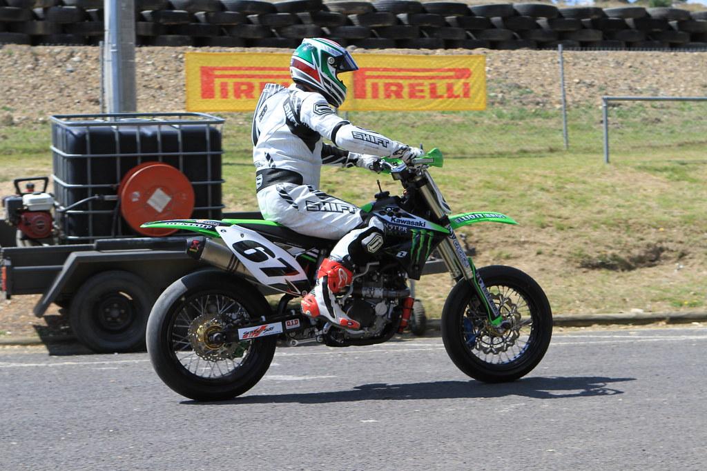 Supermoto Kawasaki D