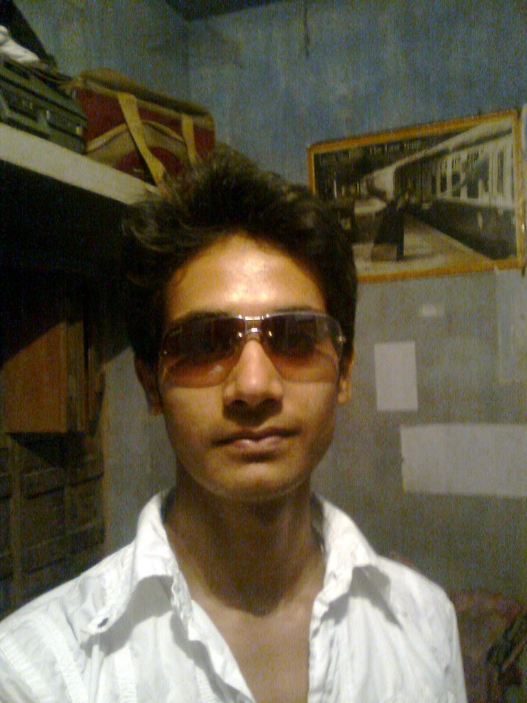 smart indian boy wwwpixsharkcom images galleries
