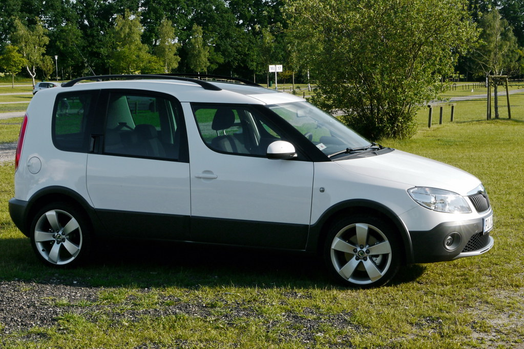 skoda roomster scout plus our new white family car flickr. Black Bedroom Furniture Sets. Home Design Ideas