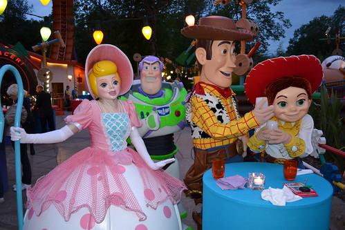 woody bo peep jessie buzz disney flickr dine pixar toast stars weekly disneyland