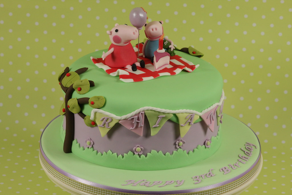 Peppa Pig Cake Peppa Pig Birthday Cake For Rhiannon S
