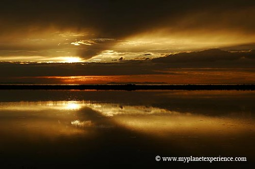 usa experience : golden sunset reflections | by My Planet Experience
