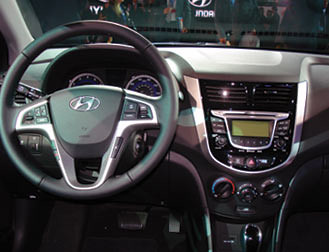 2013 Hyundai Accent Interior Www Kbb Com Car News All