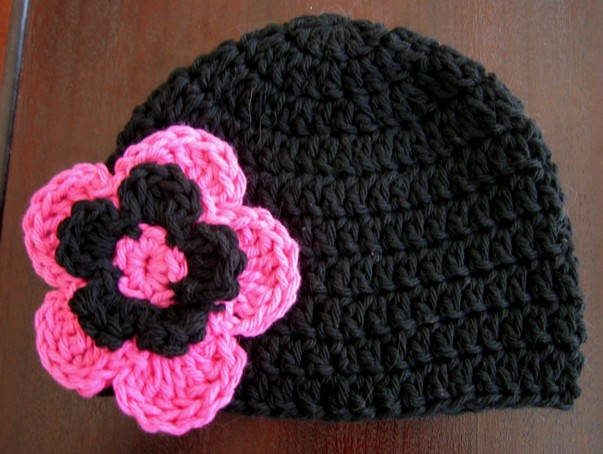 Crochet Hat Patterns Flowers : Baby Beanie Hat With Flower Pattern - Black Pink Crochet ...
