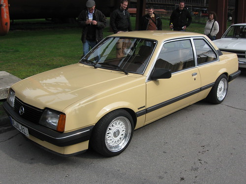 opel ascona c luxus 1 flickr photo sharing. Black Bedroom Furniture Sets. Home Design Ideas