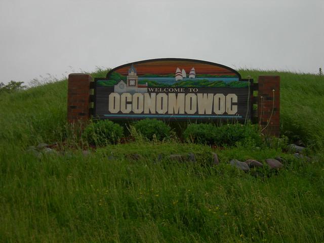 City Of Oconomowoc Wi Zoning Map