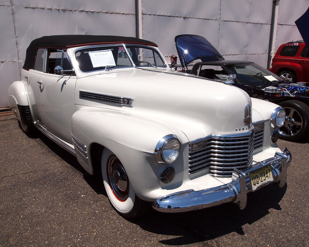 1941 cadillac fleetwood v 8 four door convertible 2012. Black Bedroom Furniture Sets. Home Design Ideas