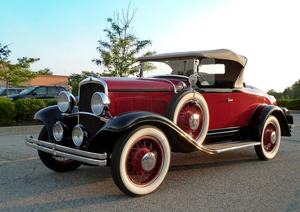 1920 Car: Cherry Old 1929 DeSoto Roadster Espanol