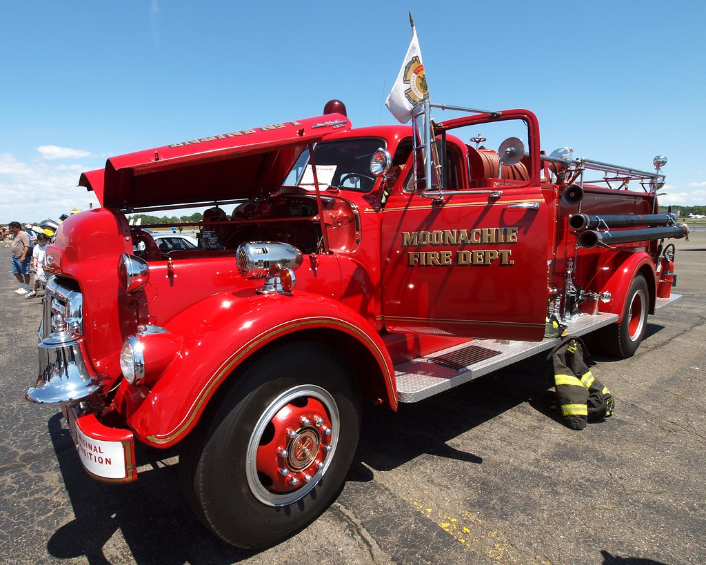 New Gmc Truck >> 1953 Ahrens-Fox GMC Antique Fire Truck, Moonachie Fire Dep… | Flickr