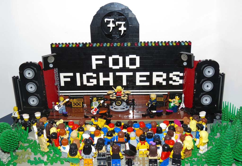 Foo Fighters >> Foo Fighters Concert   My son (8) and I have been working ...