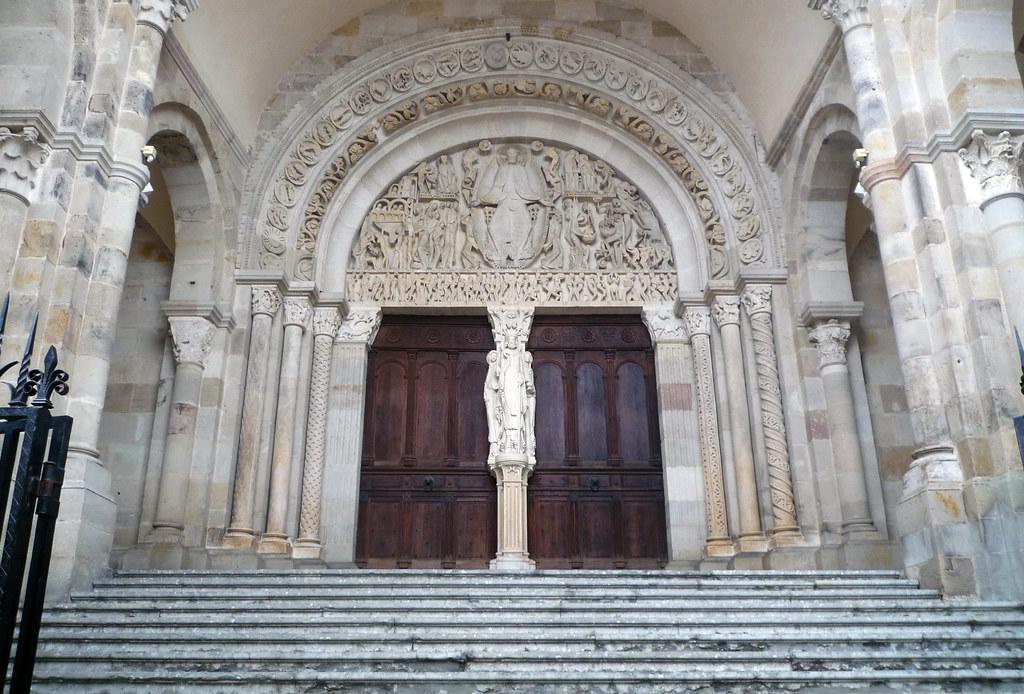 central portal west facade cath drale st lazare autun