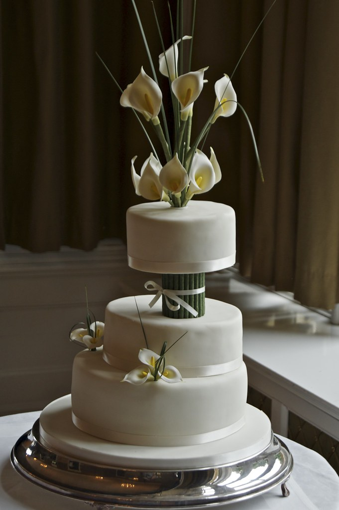 square calla lily wedding cakes calla wedding cake made for my friends wedding a 20357