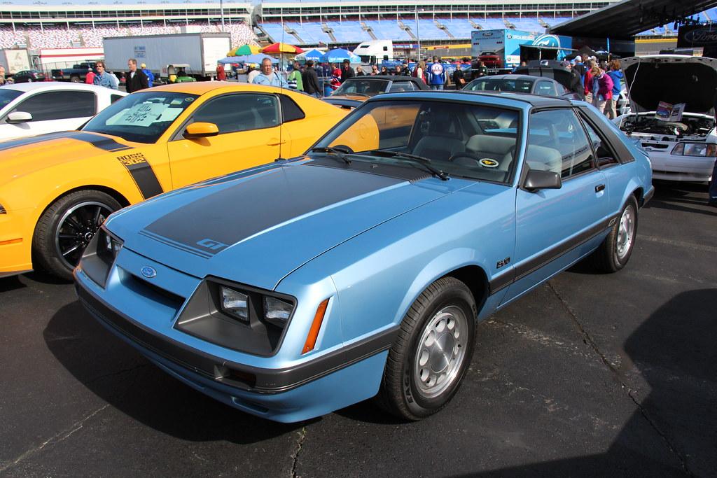 1985 ford mustang gt hatchback light regatta blue fords. Black Bedroom Furniture Sets. Home Design Ideas