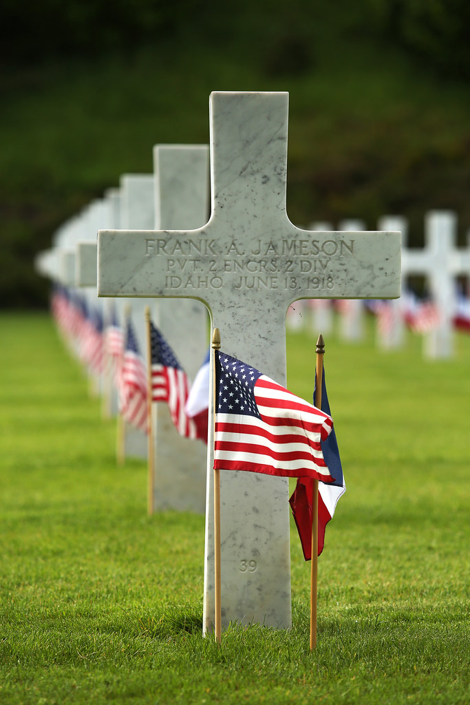 Image result for Memorial Day flag cross