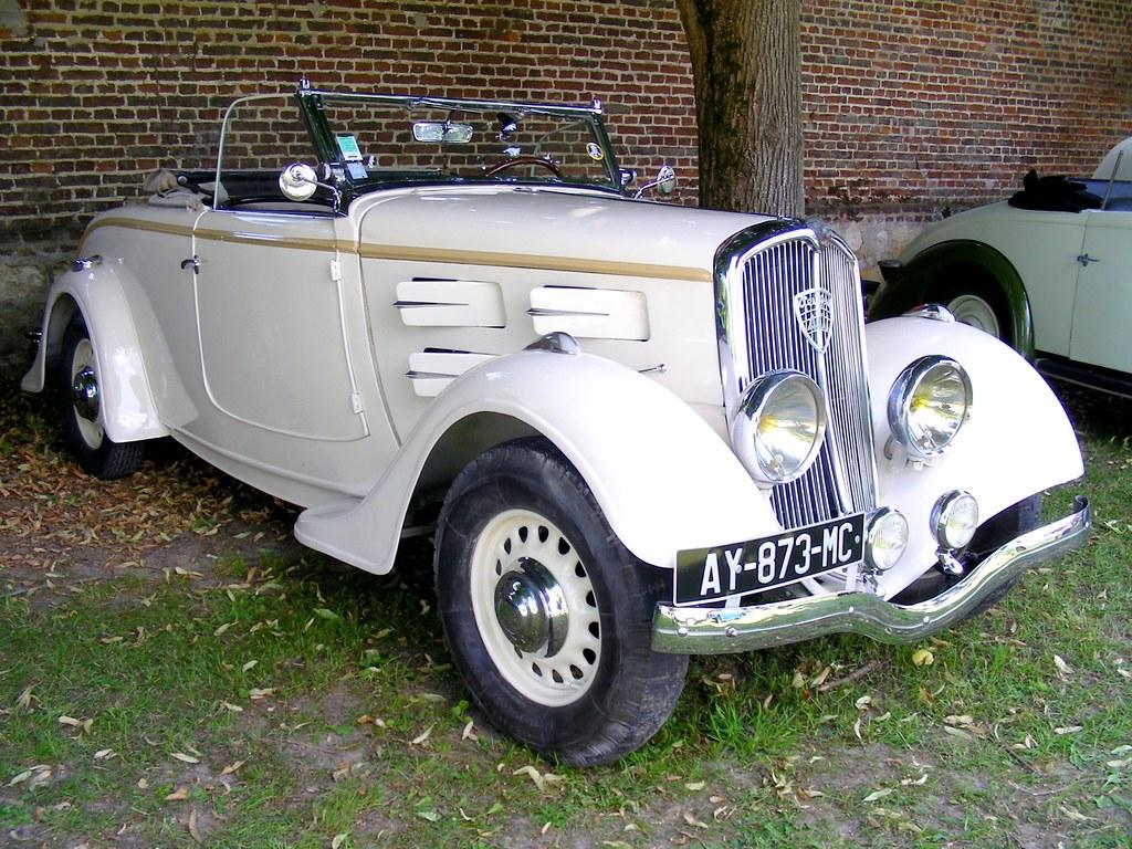 """Peugeot >> PEUGEOT 401 Cabriolet   Deuxième édition de """"CRECY en ANCIEN…   Flickr"""