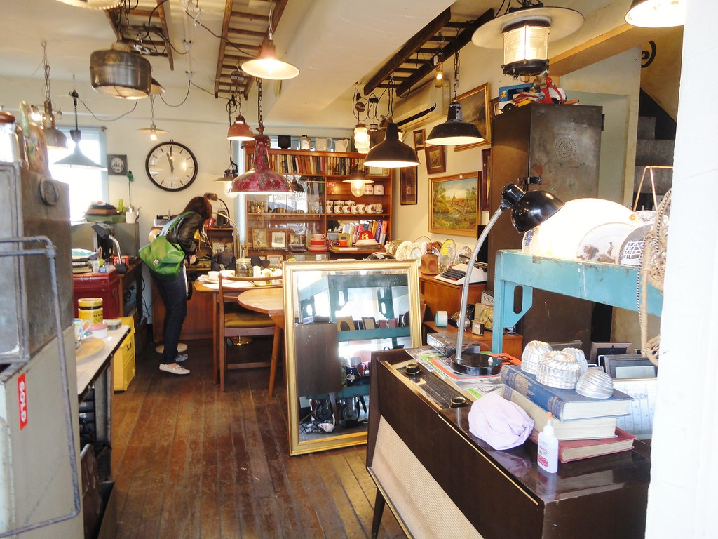 Vintage Furniture Shop Korea Itaewon Shinn Flickr