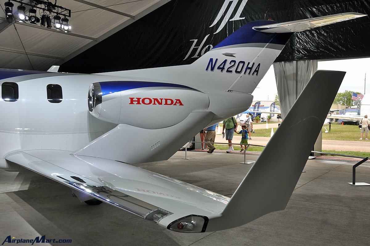 Honda-Jet-Over-The-Wing-Engine-Mount-Design-N420HA