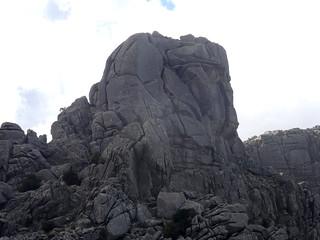 Le sommet 1219m depuis la crête Nord