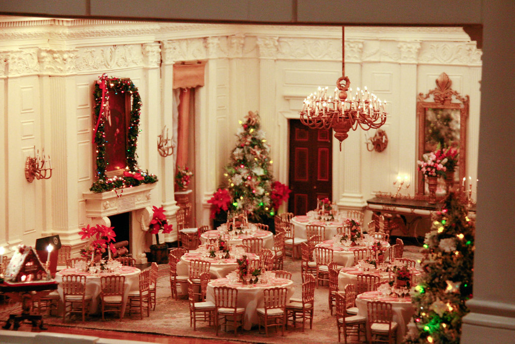 Miniature white house dining room randy robertson flickr for Dining room c house of commons