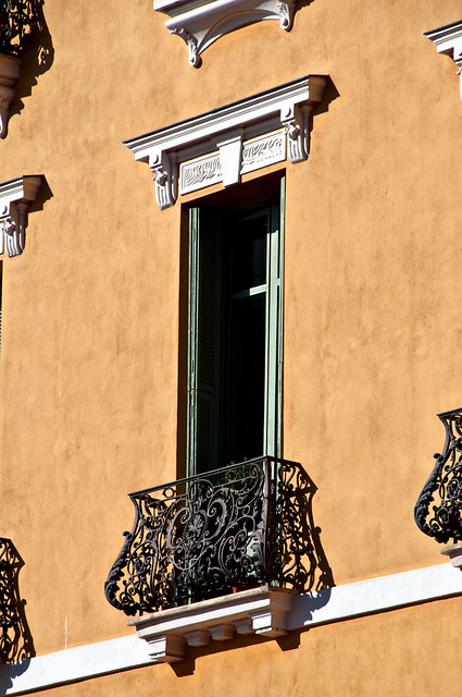 French balcony old town of nice flickr photo sharing for What is a french balcony
