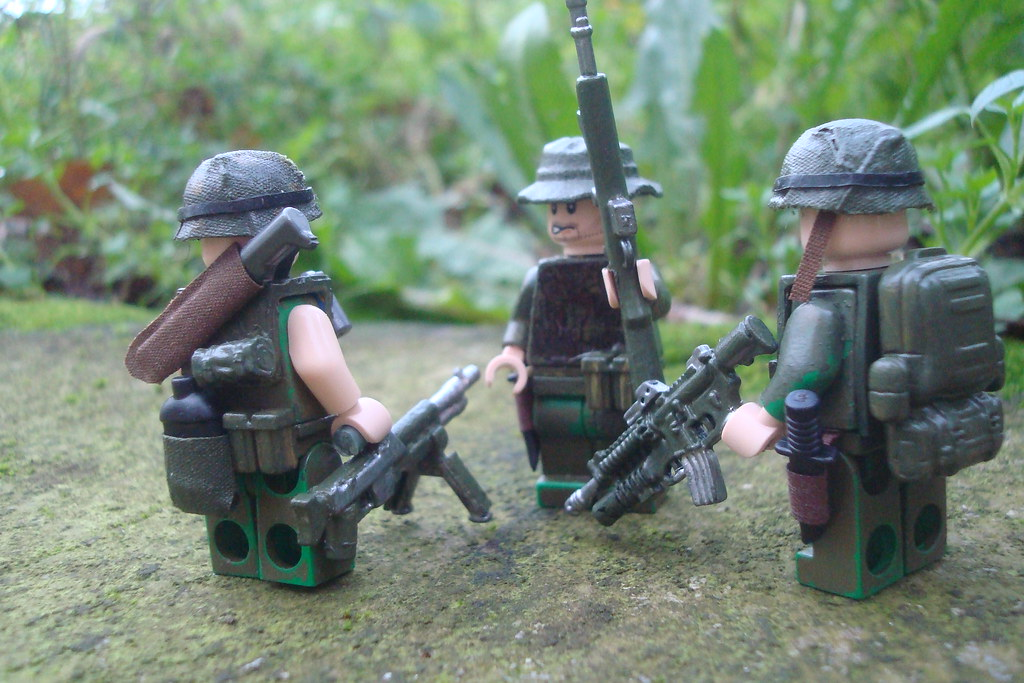 US Army soldiers in Vietnam Group