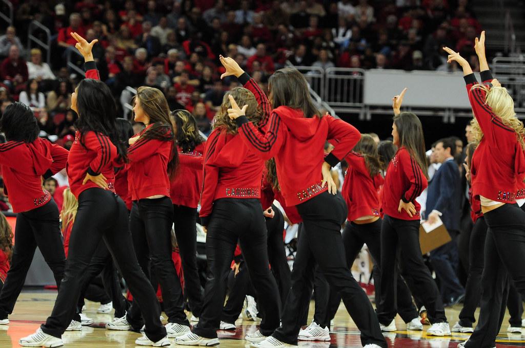 DSC_9666.jpg   Ladybird Dance Team, Louisville Cardinals ...