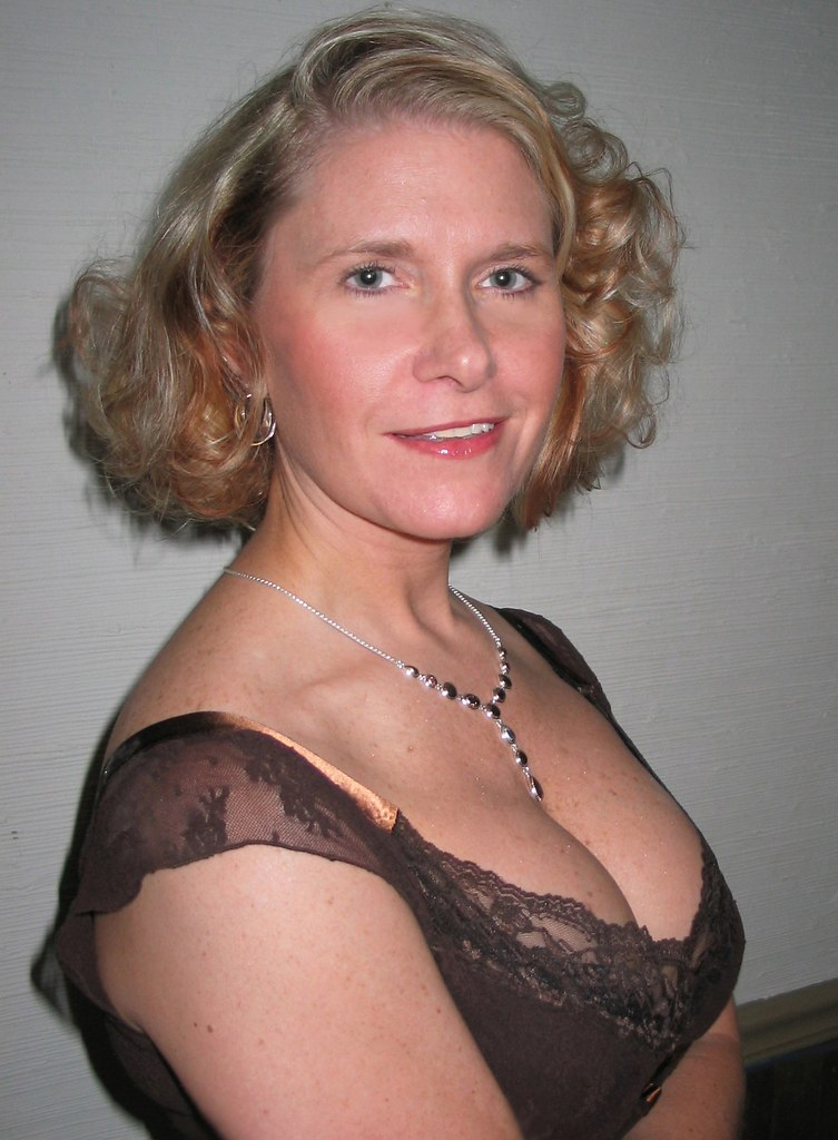 See my nude mature wife