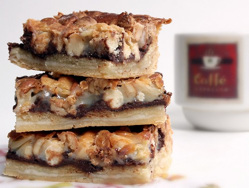 Crescent Layer Bars | by Groffoto